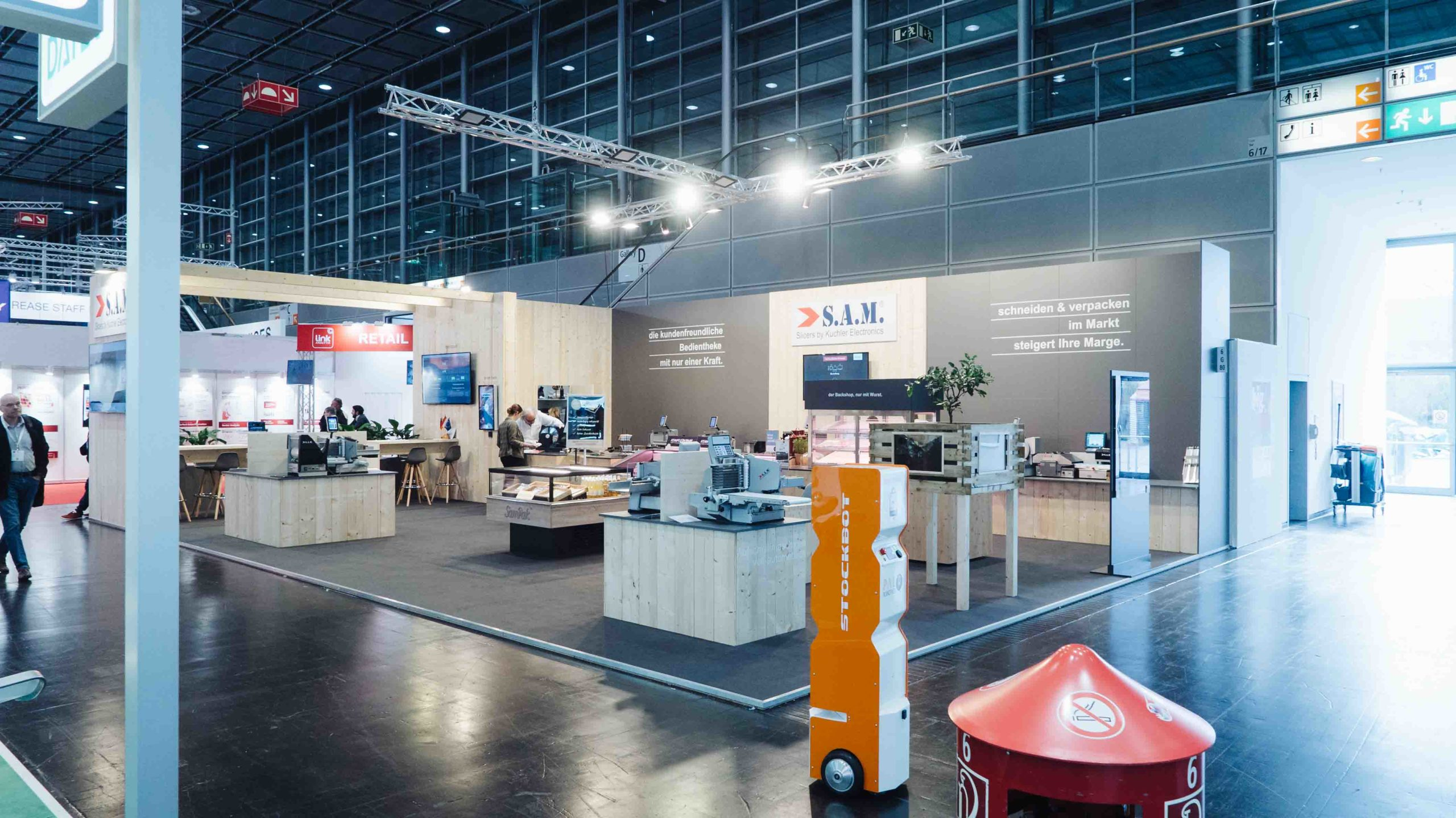 sam kuchler euroshop messestand 2020